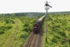Train to Patalpani 036 - Train 52988 conquers the ascent to Patalpani