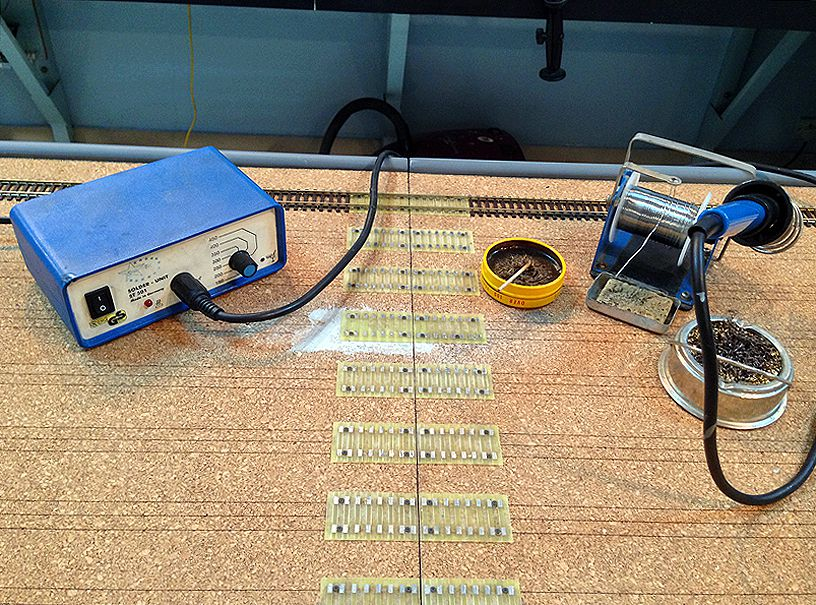 track across modules solder setup