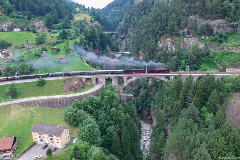 Gotthard Dampfspektakel blog - double header on the middle meienreuss bridge at Wassen