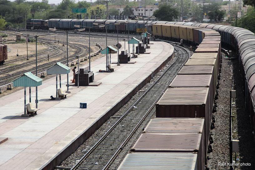 Shekhawati Express blog - A view from the foot over bridge of Churu