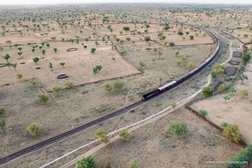Shekhawati Express blog - Aerial view of the curve outside Mahansar