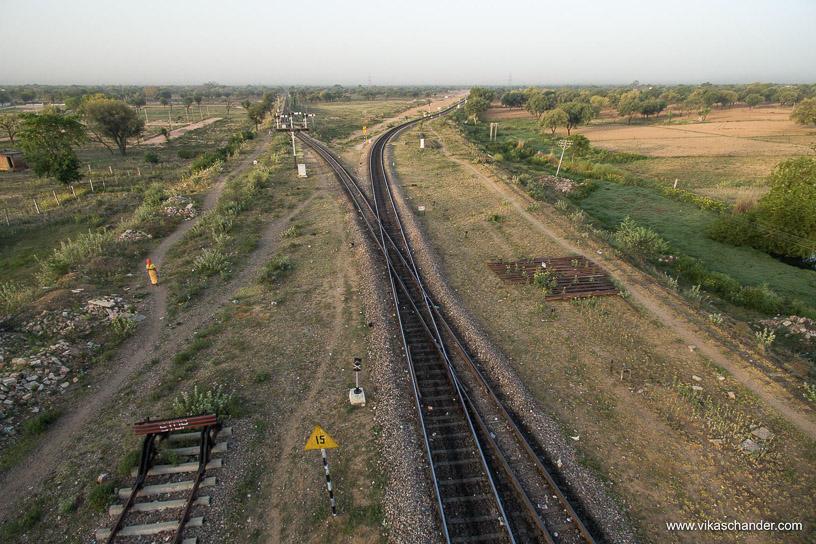 Shekhawati Express blog - An aerial view of the MG-BG diamond crossing at Ringus south end