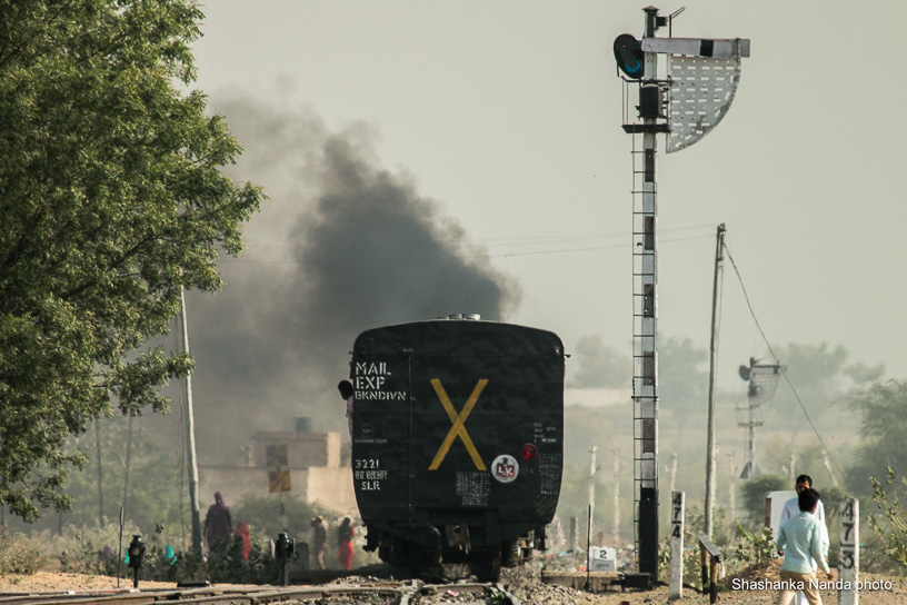 Shekhawati Express blog - Home Signal at Fatehpur Shekhawati